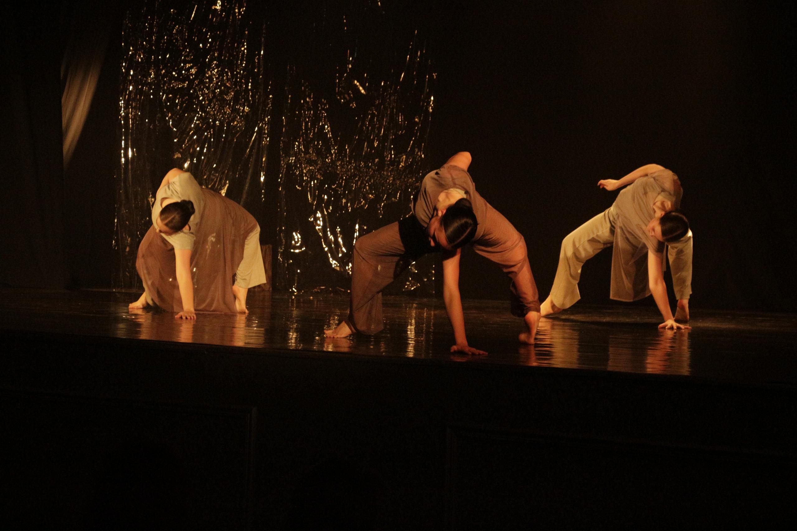 zJjY CRDwKM - Вечер современной хореографии